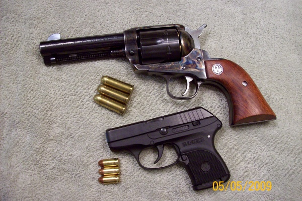 Lets see some of your revolvers.-100_3717a.jpg