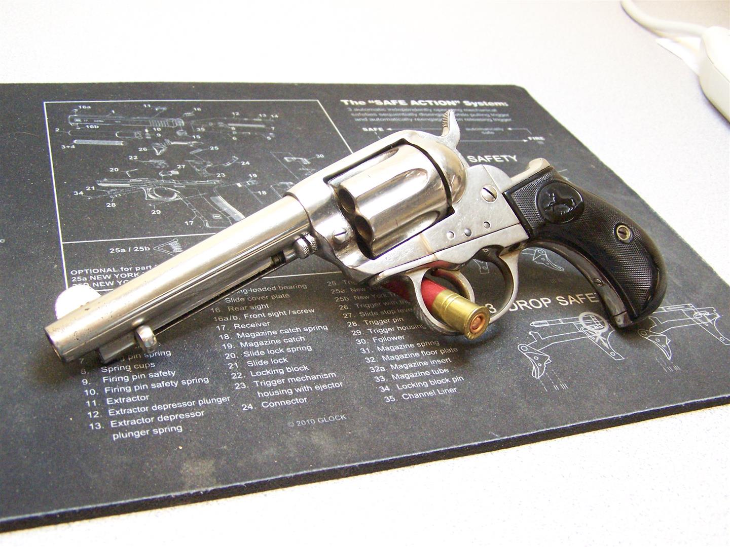 Lets see some of your revolvers.-colt-lightning-1897-001.jpg