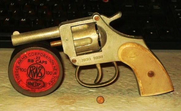 Volcanic .22 starter pistol-sany1885.jpg