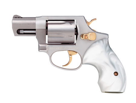 Lets see some of your revolvers.-taurus-38.jpg